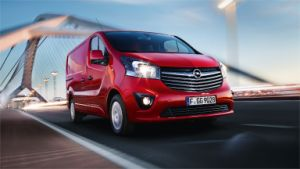 Opel_Vivaro_Panel_Van_Drining_Shot